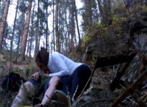 Девушки порно молодая пара в лесу сладкого орального секса
