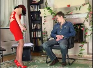 Порно русское зрелое племянник на кухне поимел зрелую тетку