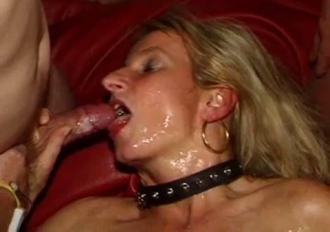 Порно видео ганг банг со зрелой #4
